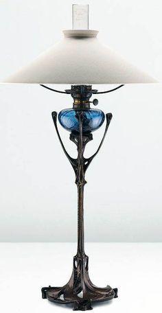 Lampe à pétrole (vers 1900) Hector Guimard.