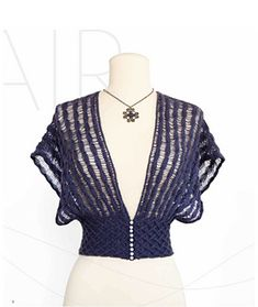 Ravelry: Drop Stitch Shrug pattern by Jill Wright Vintage Knitting, Lace Knitting, Knitting Patterns, Knit Shrug, Poncho, Mode Crochet, Knit Crochet, Bolero Pattern, Shrugs And Boleros