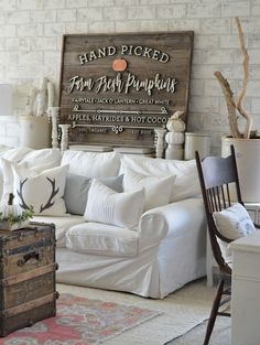 Fall'ing for Vintage & Modern Decor - A Home Love Story