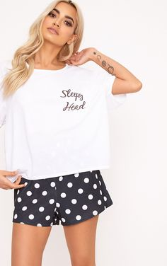 Polkadot Sleepy Head Slogan PJ SetSlay even when it& time for bed! We are lovin& these pajama se. Cute Pyjama, Cute Pajama Sets, Pj Sets, Pajamas For Teens, Outfits Winter, Pijamas Women, Coat Outfit, Womens Pyjama Sets, Womens Summer Pajamas