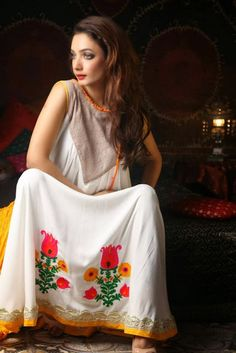 Best Shalwar Kameez Suit Designs Collection : Christmas Kameez Designs