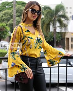 Blouse Styles, Blouse Designs, Hijab Fashion, Fashion Dresses, Western Outfits Women, Casual Chic, Sleeves Designs For Dresses, Designer Wear, Dress Outfits
