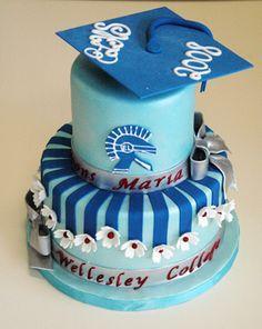 graduation+cakes | Maria's Graduation Cake - Gallery - A Piece O' Cake