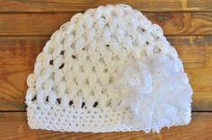 Πλεκτό σκουφάκι με δαντελένιο λουλούδι L806 Crochet Hats, Beanie, Fashion, Knitting Hats, Moda, Fashion Styles, Beanies, Fashion Illustrations