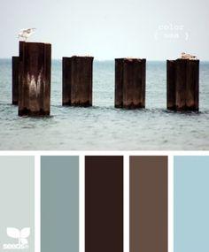 Mooie natuurlijk kleuren voor in de woonkamer of slaapkamer. Tref: blauw, bruin, hout, zee, groen.