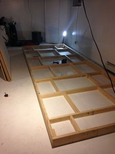 How to build and indoor putting green 4