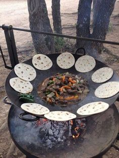 35 Ideas For Backyard Fire Pit Cooking Outdoor Kitchens