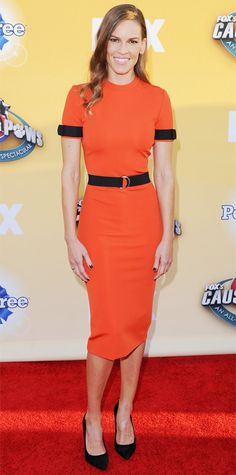 Look of the Day - November 27, 2014 - Hilary Swank from #InStyle