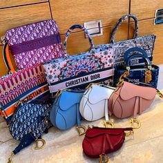 These Are Dior Must Haves, What Do You Think? - Image via @it_me_me_now Dior Girl, Dior Handbags, Dior Bags, Chanel Bags, Best Designer Bags, Chanel Backpack, Glamour, Bvlgari Bags, Replica Handbags