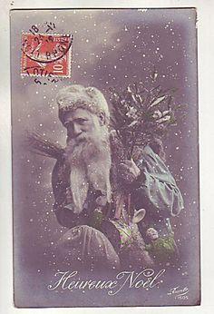 40 Vintage Santas