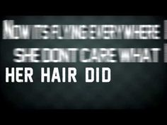 Ik heb deze clip gekozen omdat ik het echt ook een chill nummer vindt en de lyrics video vind ik gaaf omdat wat ze zeggen die woorde komen en het is goed uitgebeeld !! :D