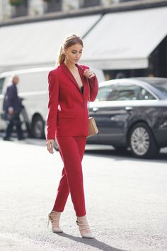 These 6 Stylish Bloggers Know Exactly How To Wear Red — Bloglovin'—the Edit
