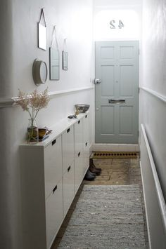 Decorating Small Spaces: 7 Bold Design Elements to Try in Your Hallways. Decorating Small Spaces: 7 Bold Design Elements to Try in Your Hallways Hallway Decorating, Creating An Entryway, Small Spaces, Interior, Home, Small Apartments, Small Space Design, Hallway Storage, Small Room Decor