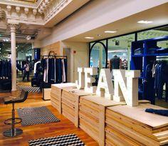 Bon Marché, Paris, new jean department, pinned by Ton van der Veer