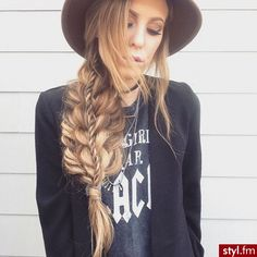 Fryzury Warkocze włosy: Fryzury Długie Na co dzień Proste Warkocze - Vv.O.sS - 3120536