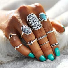 We're so in love with this rings set 20% off for only 24 HOURS! Use code TIBETANRINGS at checkout... 2 colors available: Gold & Silver Link in Bio https://t.co/8UJRt6fHcc https://t.co/DUGUYW30tv