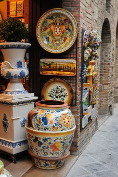 Colorful Tuscany Pottery