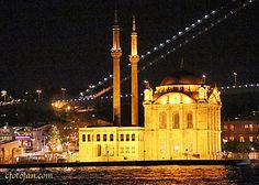 Bosphorus Cruise in Istanbul….Paseo en barco por el Bósforo enEstambul