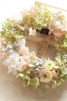 Dried Hydrangea Wreath /Dried flowers /Spring by DriedflowerSuzuki