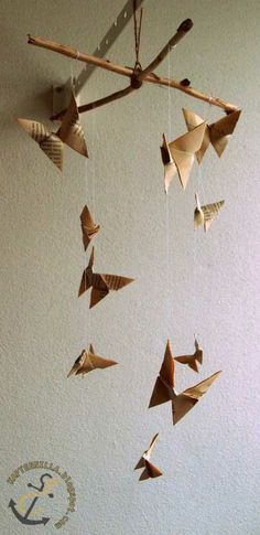 Diy paper mobile Paper Mobile, Diy Paper, Art For Kids, Origami, Art Projects, Crafts, Art For Toddlers, Manualidades, Art Kids