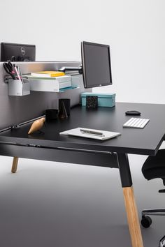 We are introducing you to the Ogi desk in a variant with a wooden leg. By using wood we create a warmer look of the room and indicate a casual and friendly atmosphere. Wood Office Desk, Oak Desk, Wooden Desk, Office Furniture, Office Desks, Reception Furniture, Computer Setup, White Desks, Cool Office