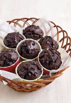 double chocolate muffins, chocolate, chocolate chips, muffins, toddler, snack, cocoa powder, mixing method