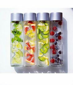 One easy way to help with weight loss is detox water. Detox water has so many benefits and weight loss is just one of them. Here is an easy recipe for a flat stomach that tastes refreshing. 6 cups filtered water 1 tbsp grated ginger 1cucumber sliced 1 lemon sliced 1/3 cup mint leaves Let infuse over night and enjoy the next day.