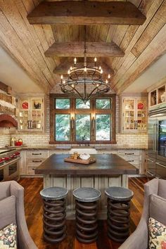 Oh my!! Who loves this kitchen???