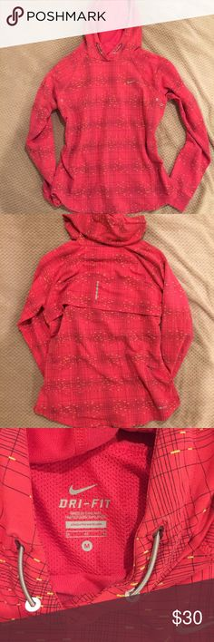 Nike dri fit running hoodie FINAL DROP Running hoodie from Nike. Reflective. Rear Cell phone pocket. Never really used. Nike Tops Sweatshirts & Hoodies