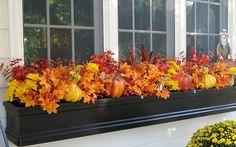 15 Breathtaking Fall Window Boxes