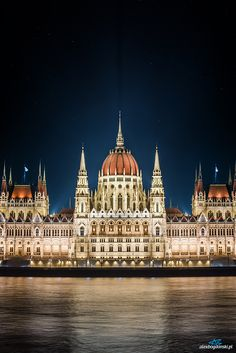 Buildings of Parliament, Budapest, Hungary Places Around The World, Oh The Places You'll Go, Places To Travel, Around The Worlds, Travel Things, Budapest Nightlife, Budapest Travel, Wonderful Places, Beautiful Places