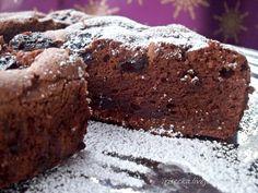 Шоколадный торт с черносливом и бренди