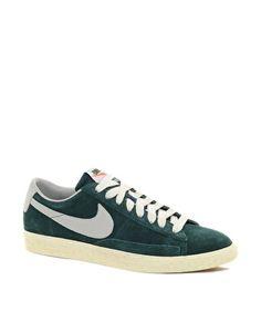 Enlarge Nike Blazer Low Suede Trainers