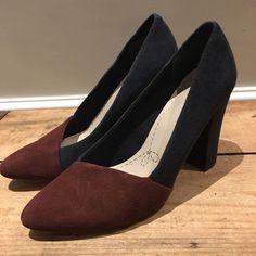 f345a36a8d3 UK SIZE 6.5 D WOMENS CLARKS BLUE MAROON SUEDE COURT SHOE HEELS  Clarks   CourtShoes