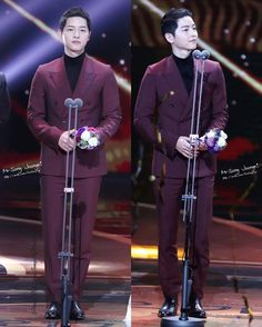 Such dignity and humility. Cr Pic as tagged #KBSDramaAwards2016 on 31.12.2016 #songjoongki #joongki #sjk #송중기 #중기 #宋仲基  #ソンジュンギ #ซงจุงกิ #SJKnoona #KiAile #songjoongkinoona #battleshipisland  #군함도 #军舰岛 #ParkMooYoung Song Joong Ki has NO Instagram or any social media.  I do not own any contents.  All rights reserved to owner.