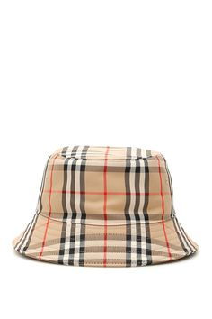 Shop Burberry Check Bucket Hat and save up to EXPRESS international shipping! Outfits With Hats, Trendy Outfits, Cute Outfits, Teen Fashion Outfits, Fashion Sets, Bob Chapeau, Zapatillas Nike Jordan, Bucket Hat Outfit, Accesorios Casual