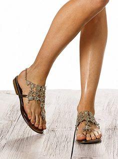 Chandelier Thong Sandal - Colin Stuart®