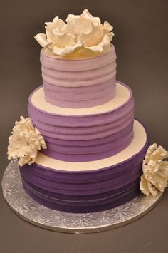 Most Beautiful Cakes Ever Wedding hair.so pretty! i like this hope my sister can do this lol Fall wedding decorations Wedding cake topp. Purple Cakes, Purple Wedding Cakes, Beautiful Wedding Cakes, Beautiful Cakes, Amazing Cakes, Buttercream Wedding Cake, Ombre Cake, Cake Gallery, Wedding Cake Inspiration