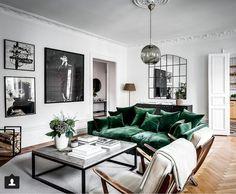 LUXXU: Fall Interior Design Trends To Keep An Eye On - Contemporary Designers Furniture – Da Vinci Lifestyle Glam Living Room, Living Room Interior, Home Interior Design, Home And Living, Living Room Decor, Living Rooms, Design Interiors, Small Living, Modern Living