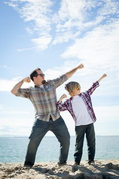 Let us look at Best Father-Son Photography Poses that can try out by this duo and cement their love and respect for each other till eternity. Father Son Photography, Couple Photography Poses, Children Photography, Family Photography, Funny Photography, Photography Ideas For Teens, Family Picture Poses, Family Posing, Family Photos