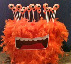 Cute way to display cake pops at a monster birthday party! // monster halloween cake pop stand, can also use rewrapped blow pops - use a styrofoam ball and feather boa as the stand. Monster Birthday Parties, Monster Party, Valentine Day Boxes, Valentines Diy, Monster Cakepops, Halloween Cake Pops, Halloween Party, Halloween Sweets, Halloween Halloween