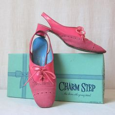 Hot Pink Shoes / 60s Shoes / Mod Shoes / Sz 5.5 / Carnaby St. / Bubble Gum Pink by ultravioletvintage