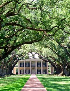 Louisiana - Destrehan Plantation, built in 1787 in French Colonial style, remodeled to Greek revival in 1840. http://www.destrehanplantation.org/