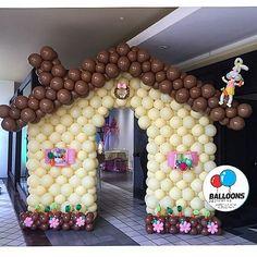 A outra entrada da festa linda por @mundocaramelofestas . nossa plantação de cenouras #nossosbaloesemtodasasocasioes #temqueterbaloes #gracepires #andrefigueiredo #andrefigueiredopascoa #festademenina #balloonsdesigners #balloons #pascoa2016 #detalhes