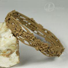 Unique jewellery by Anna Mazoń: Test of Goldie Bronze ™