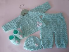 This is a great pattern. I've made the hat and the booties.  Ravelry: Mint Green Newborn Baby Set (Crochet) pattern by Olga Skelly, nee Alexeenko