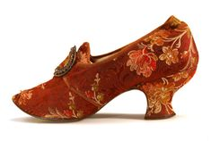 Lady's Brocade Louis Heel Shoes with Buckles, in the Style of Century Shoes. Shoe Icons c. Lady's Brocade Louis Heel Shoes with Buckles, in the Style of Century Shoes. Vintage Shoes, Vintage Accessories, Vintage Outfits, Fashion Accessories, Vintage Fashion, Silhouette Mode, Victorian Shoes, Old Shoes, Women's Shoes