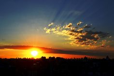 Clássico Por-do-sol de Porto Alegre., via Flickr.