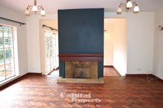 Immaculate 5 bedroom townhouse with garden in gate