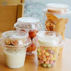 Cornflakes with milk Bake Sale Packaging, Yogurt Packaging, Desserts In A Glass, Good Food, Yummy Food, Easy Eat, Snack Recipes, Snacks, Yogurt Cups